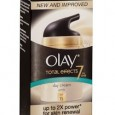 Olay Total Effects Day Cream Gentle SPF15 Box 3D