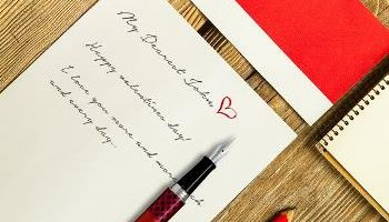Month of Love Giveaway: Pilot Frixion 3-in-1 Wood Fountain Pen